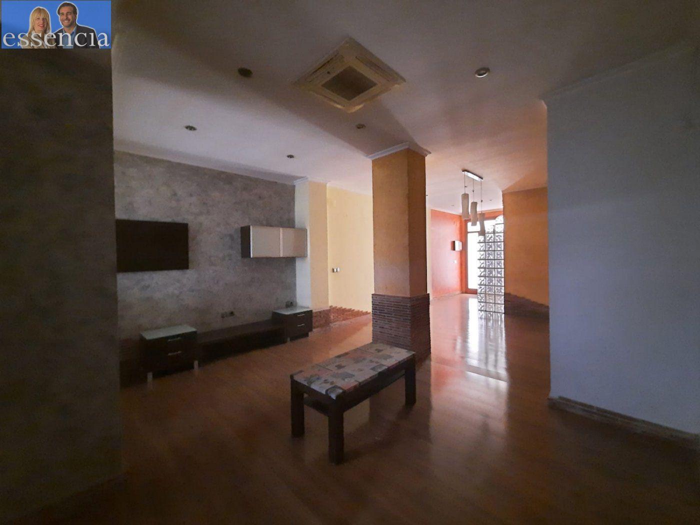 Bajo de 2 dormitorios y 2 baños con patio - imagenInmueble7