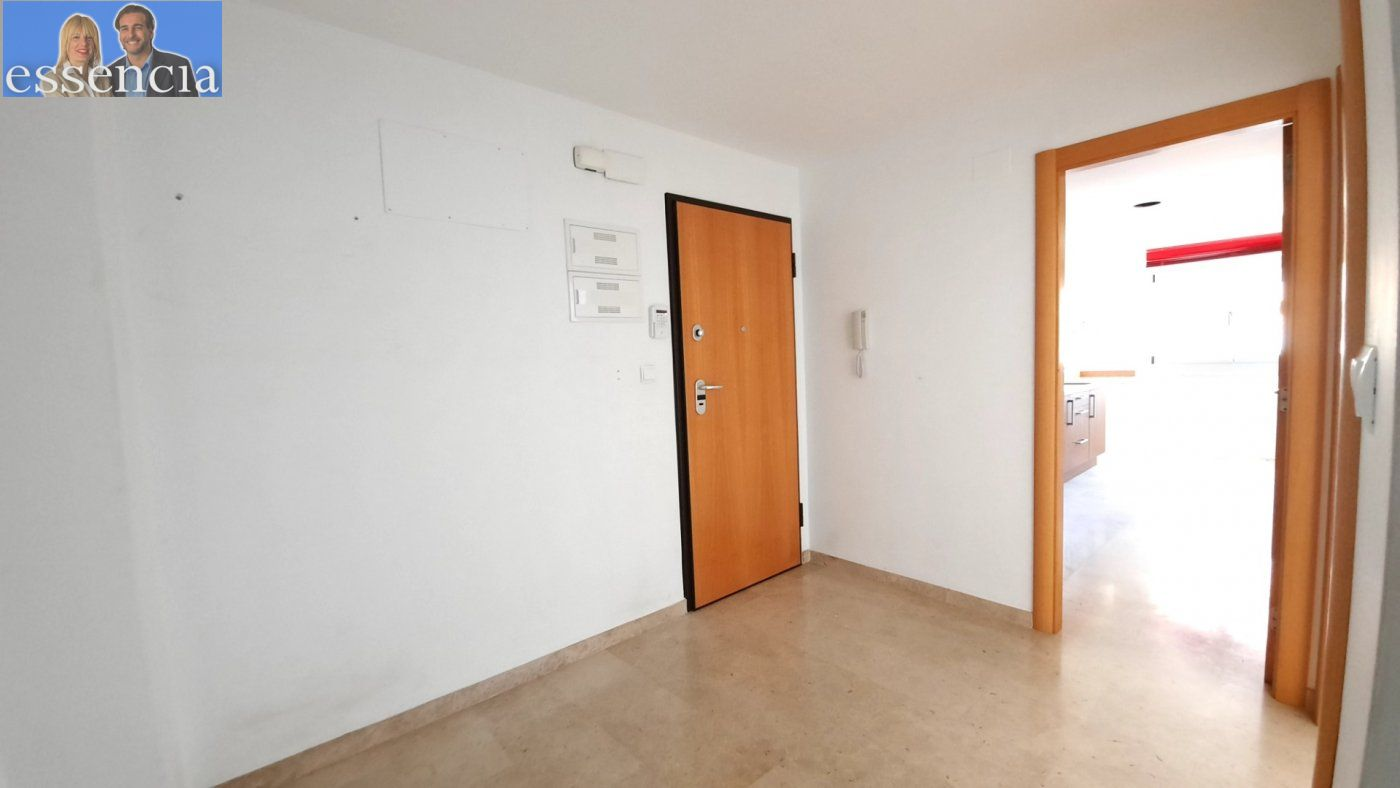 Vivienda amplia con ascensor en calle xiricull de oliva. - imagenInmueble6