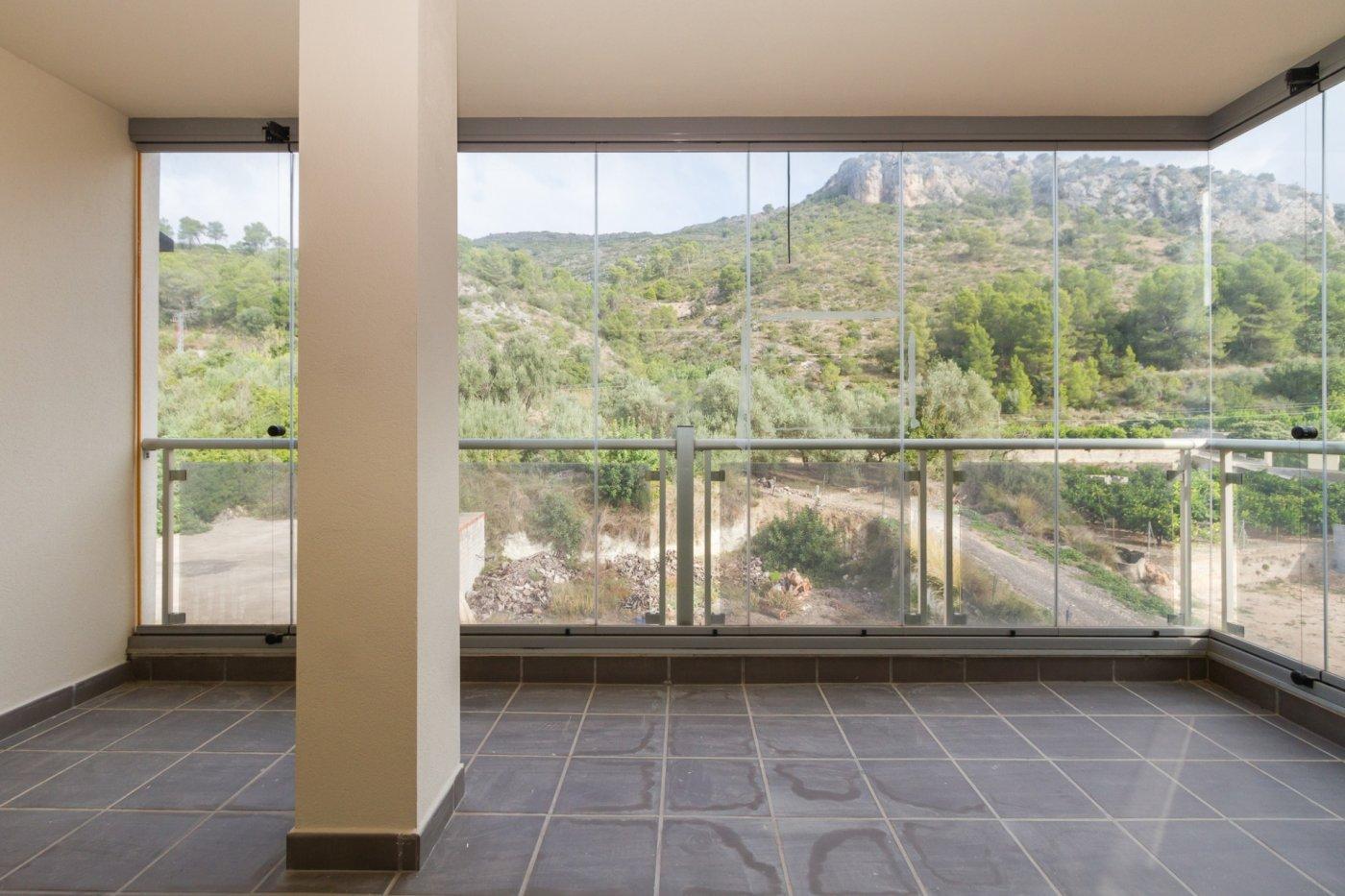 Fuera covid ! faboloso ático con vistas con terraza y piscina comunitaria y zona chillout. - imagenInmueble11