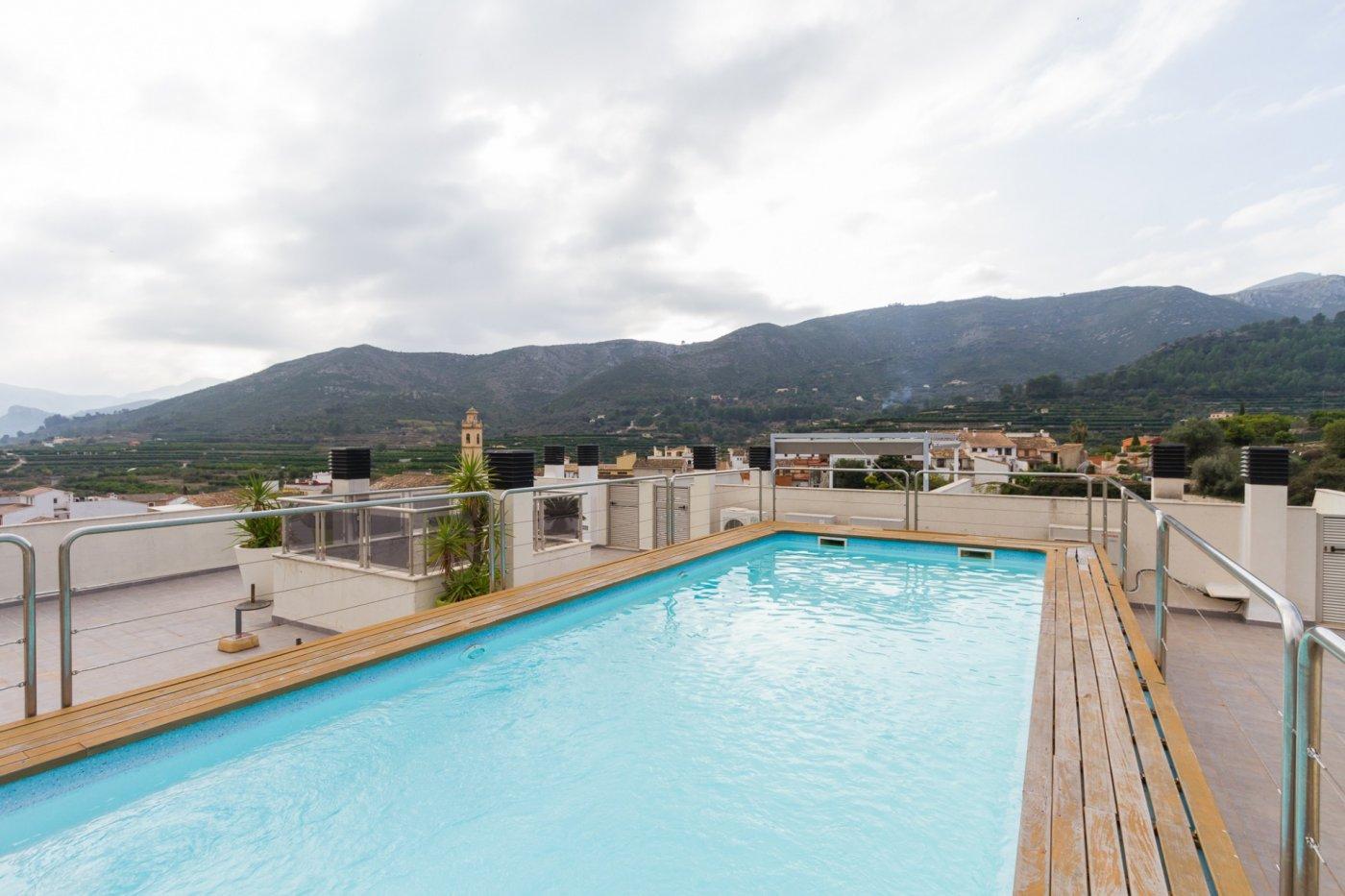 Fuera covid ! faboloso ático con vistas con terraza y piscina comunitaria y zona chillout. - imagenInmueble16