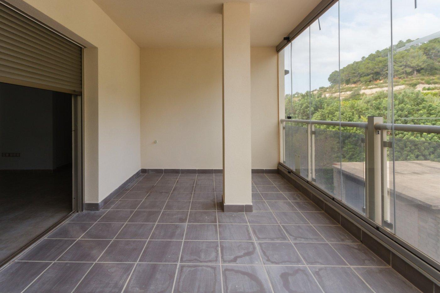 Fuera covid ! faboloso ático con vistas con terraza y piscina comunitaria y zona chillout. - imagenInmueble19