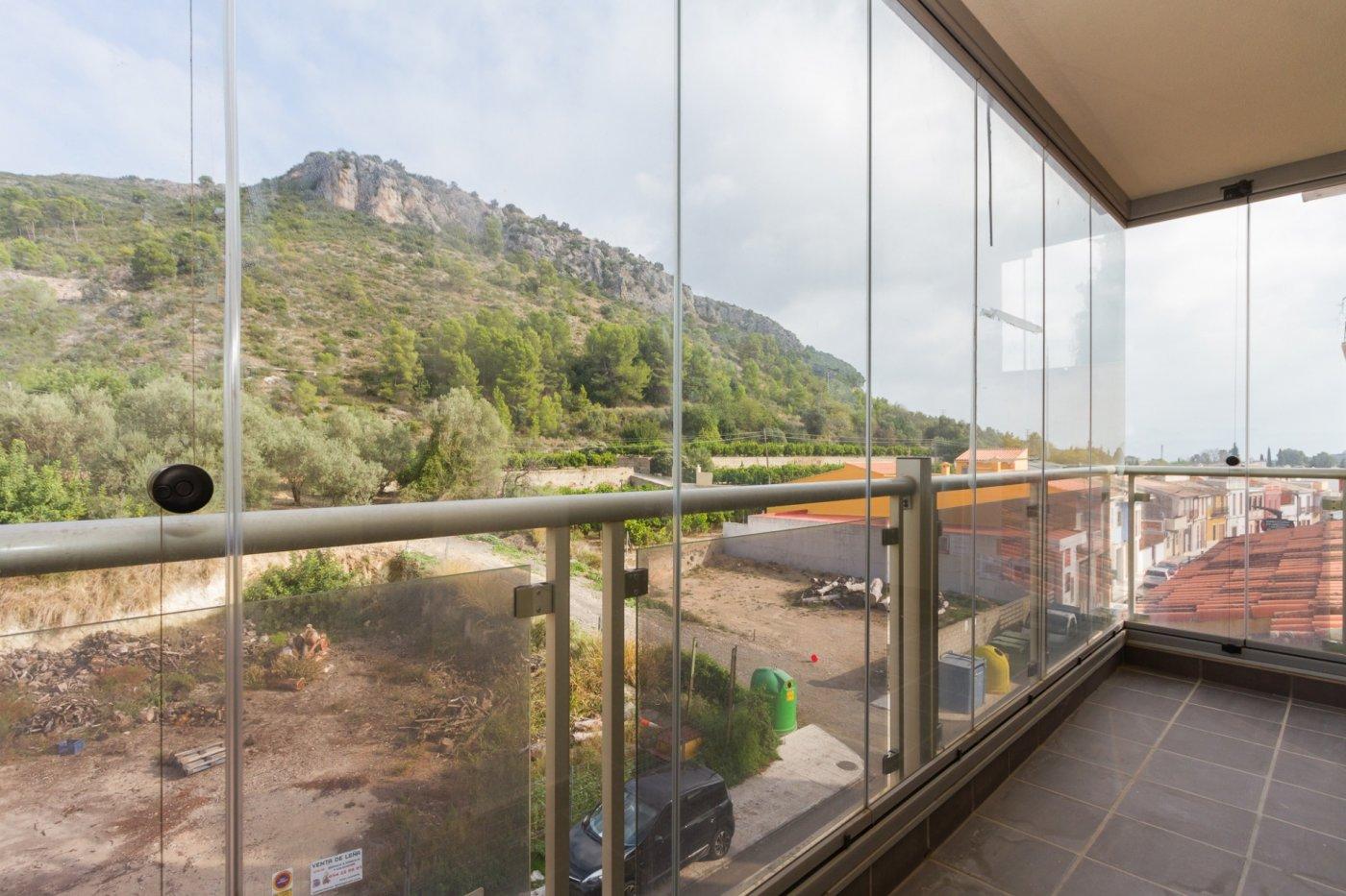 Fuera covid ! faboloso ático con vistas con terraza y piscina comunitaria y zona chillout. - imagenInmueble27