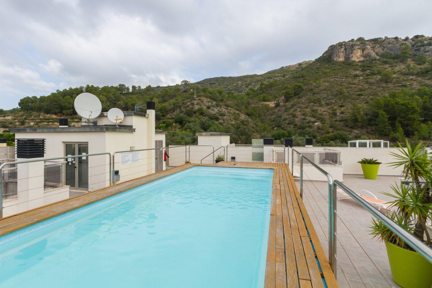 Fuera covid ! faboloso ático con vistas con terraza y piscina comunitaria y zona chillout. - imagenInmueble33