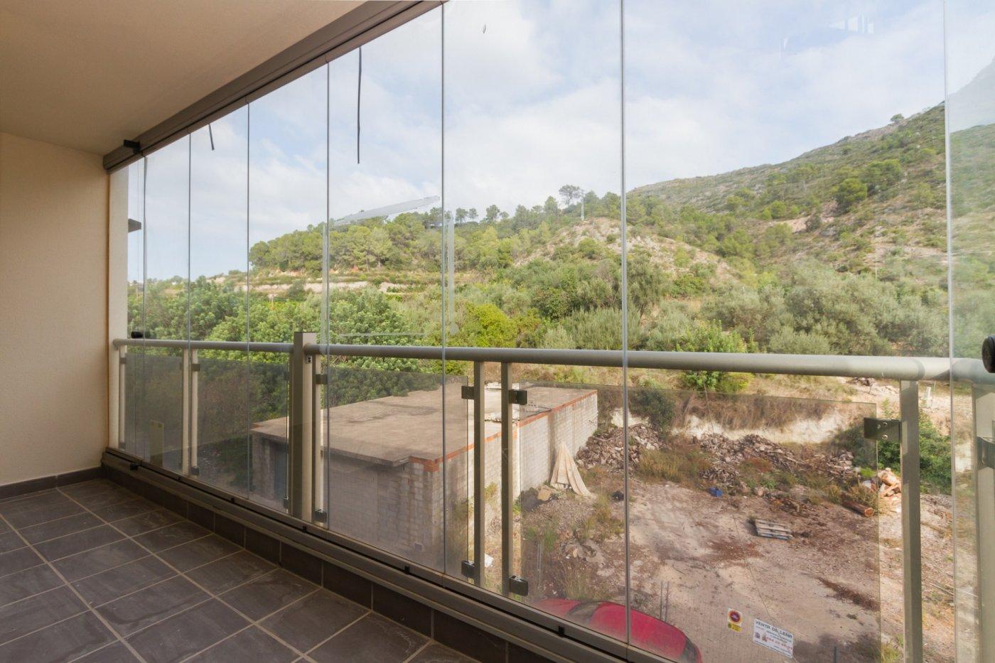 Fuera covid ! faboloso ático con vistas con terraza y piscina comunitaria y zona chillout. - imagenInmueble8