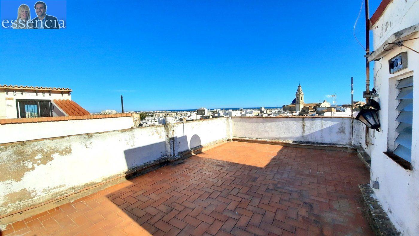 Casa de pueblo en venta en zona oeste de oliva.  terraza con bvstas al mar. - imagenInmueble2