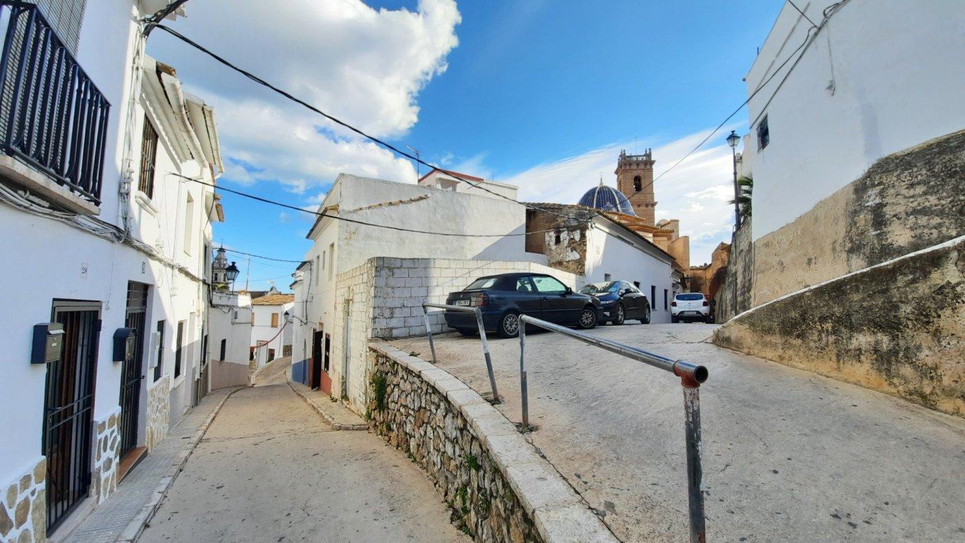 Casa de pueblo en venta en zona oeste de oliva.  terraza con bvstas al mar. - imagenInmueble5
