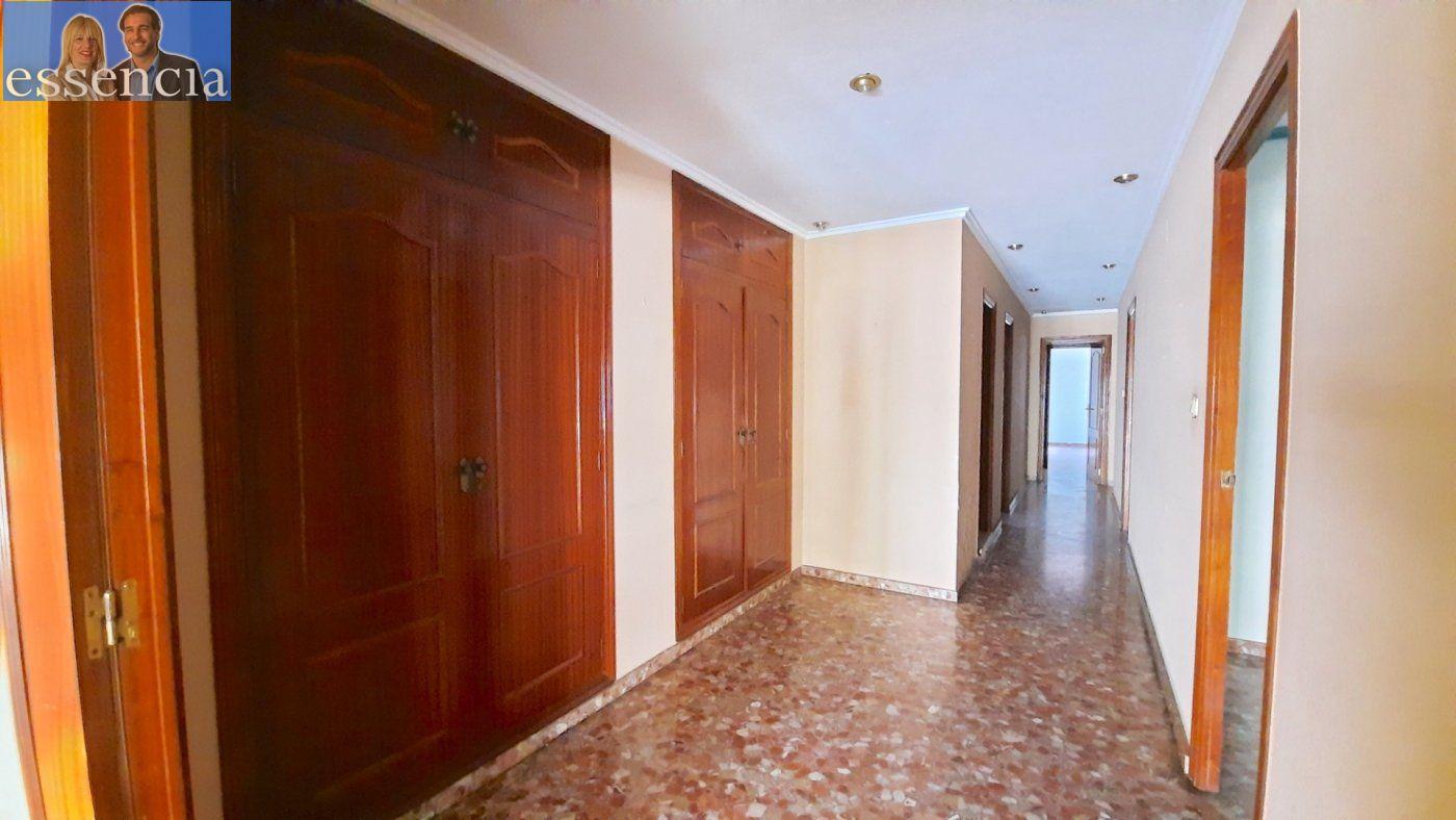Piso con terraza y galería en zona conservatorio. residencial con ascensor. - imagenInmueble13