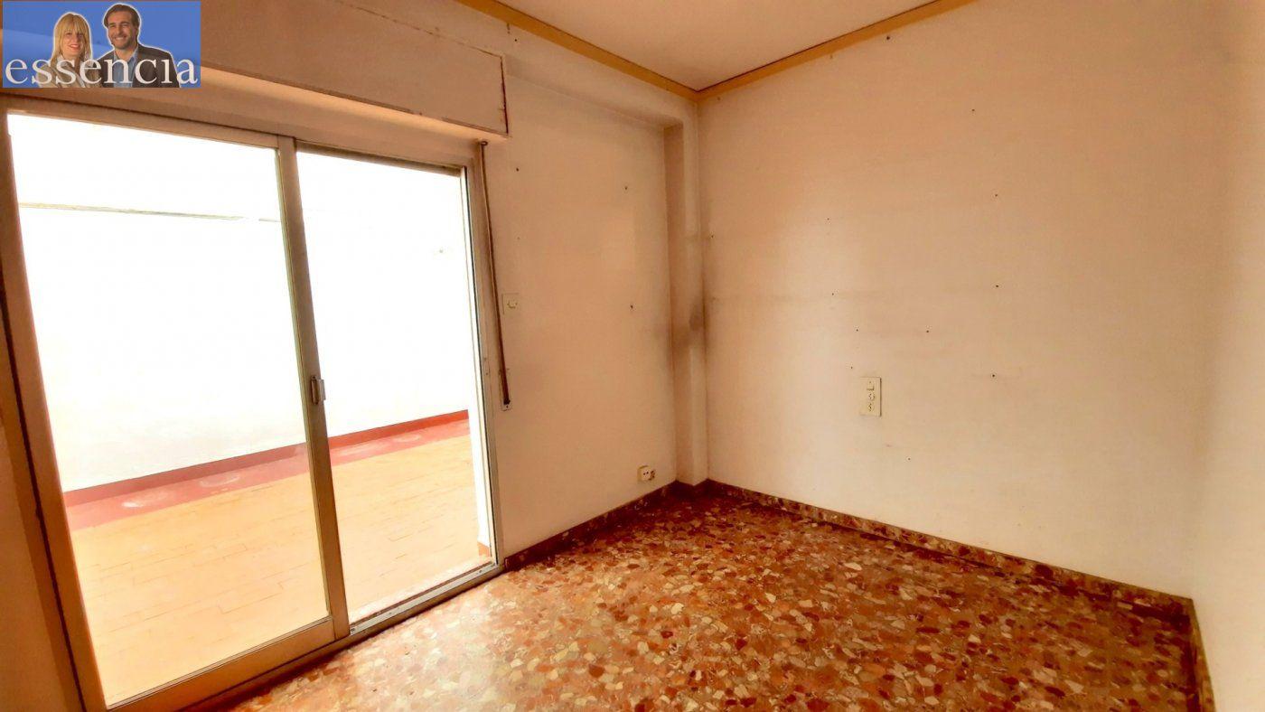 Piso con terraza y galería en zona conservatorio. residencial con ascensor. - imagenInmueble20