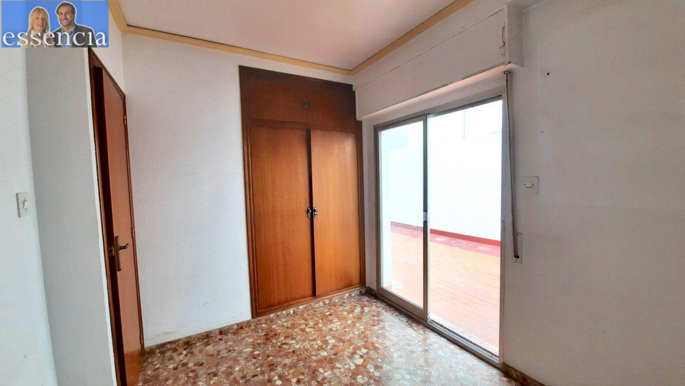 Piso con terraza y galería en zona conservatorio. residencial con ascensor. - imagenInmueble21