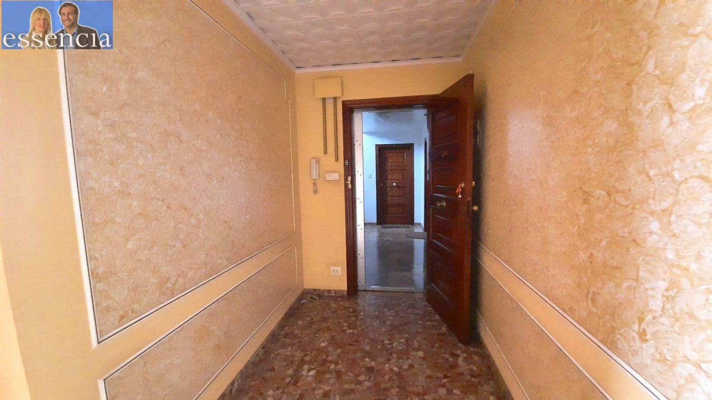 Piso con terraza y galería en zona conservatorio. residencial con ascensor. - imagenInmueble25