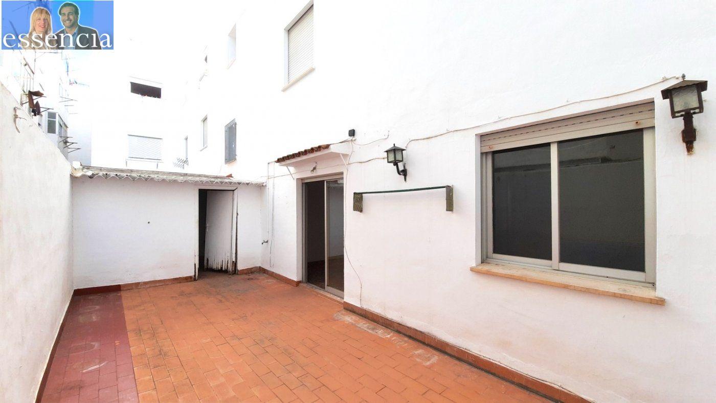 Piso con terraza y galería en zona conservatorio. residencial con ascensor. - imagenInmueble27