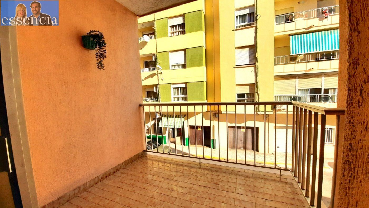 Piso con terraza y galería en zona conservatorio. residencial con ascensor. - imagenInmueble2