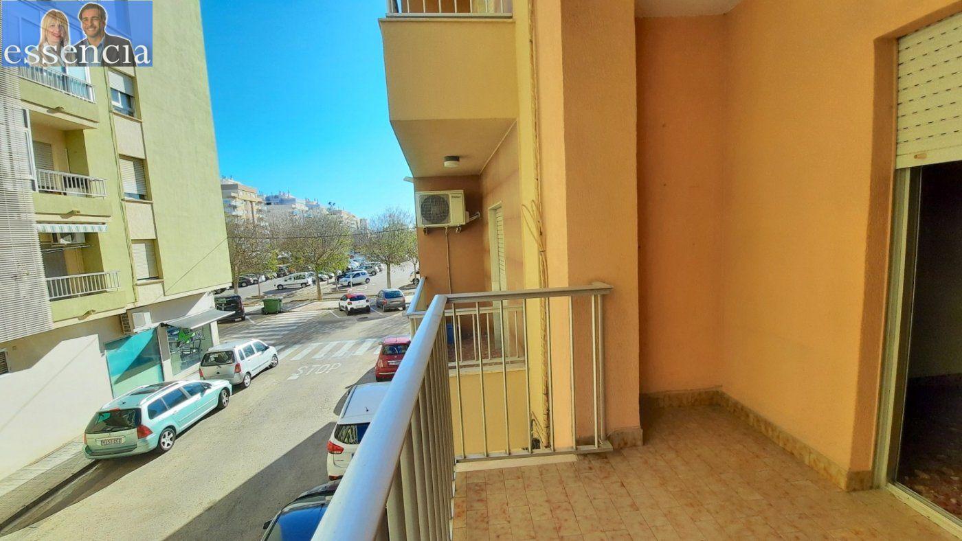 Piso con terraza y galería en zona conservatorio. residencial con ascensor. - imagenInmueble5