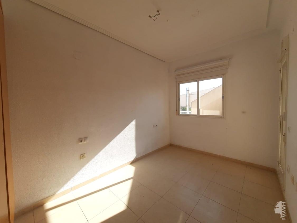 Atico-duplex de 3 dormitorios y 2 baños con terraza, garaje cerrado y trastero - imagenInmueble3