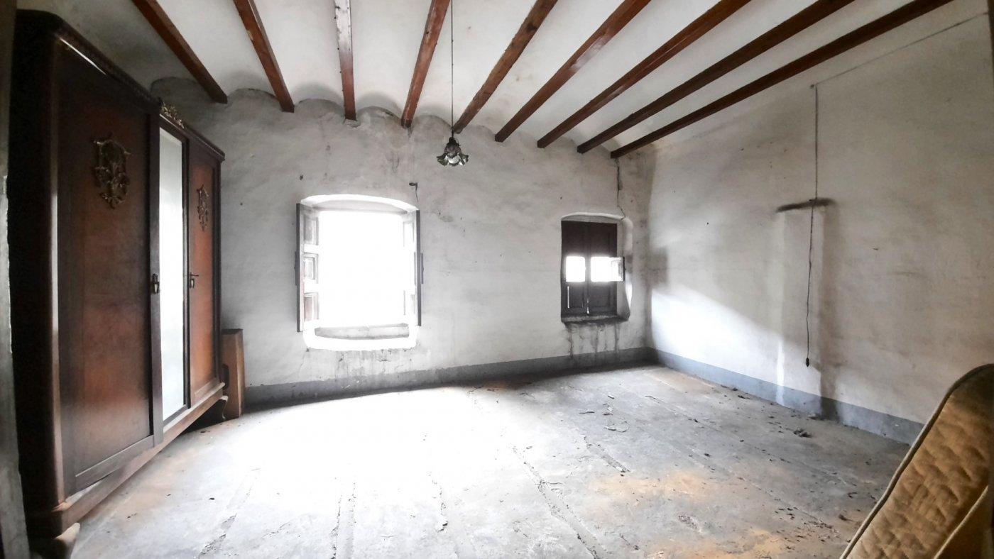 Casa de pueblo en bellreguard a escasos metros del ayuntamiento. - imagenInmueble24
