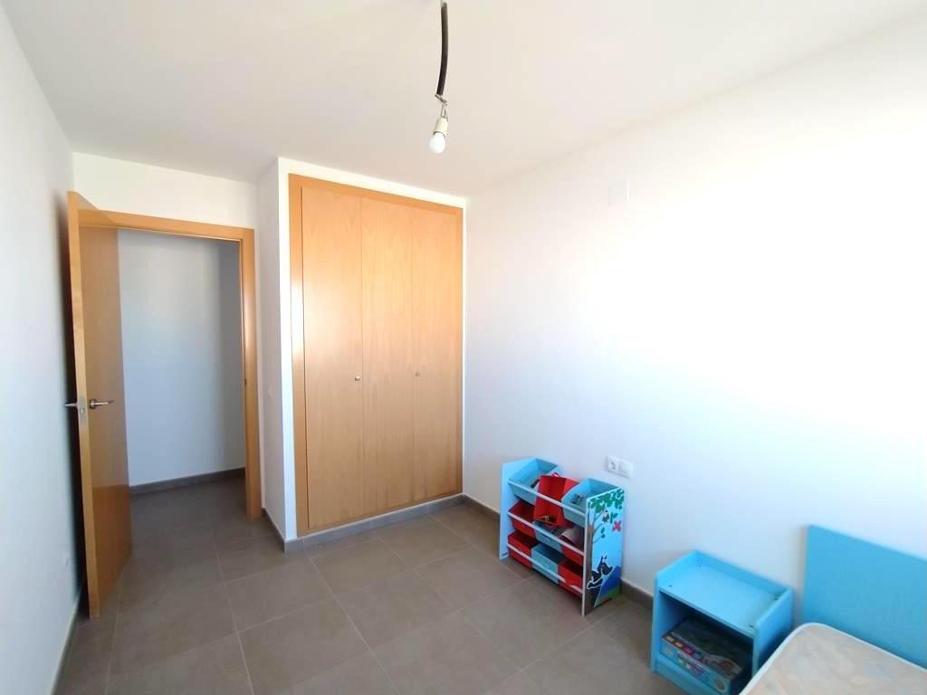 Apartamento con terraza en piles - imagenInmueble9