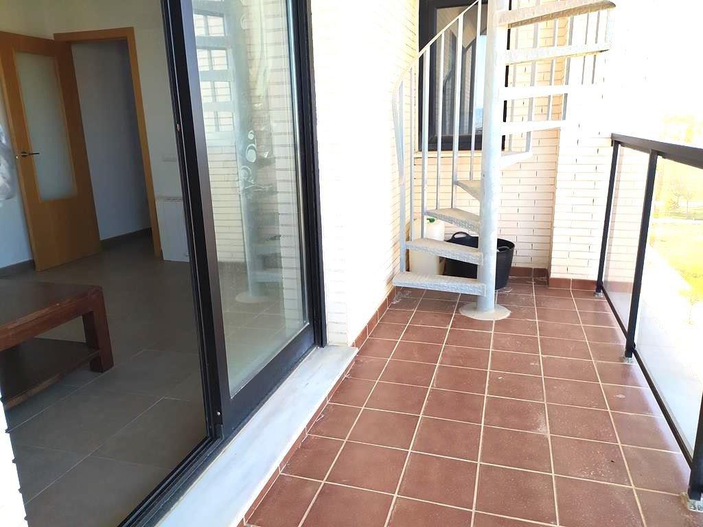 Apartamento con terraza en piles - imagenInmueble12