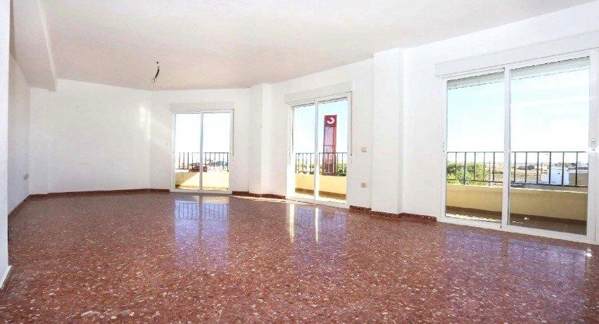 Amplio piso en sollana - imagenInmueble0