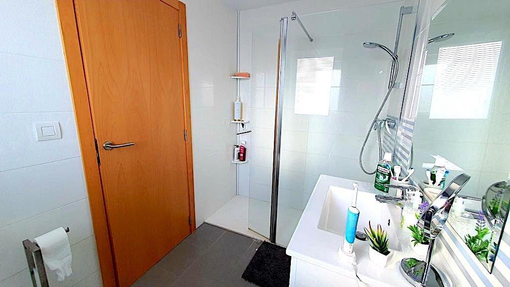 Fabuloso apartamento con 2 terrazas a 200 m la playa de terranova en oliva, piscina, garaj - imagenInmueble9