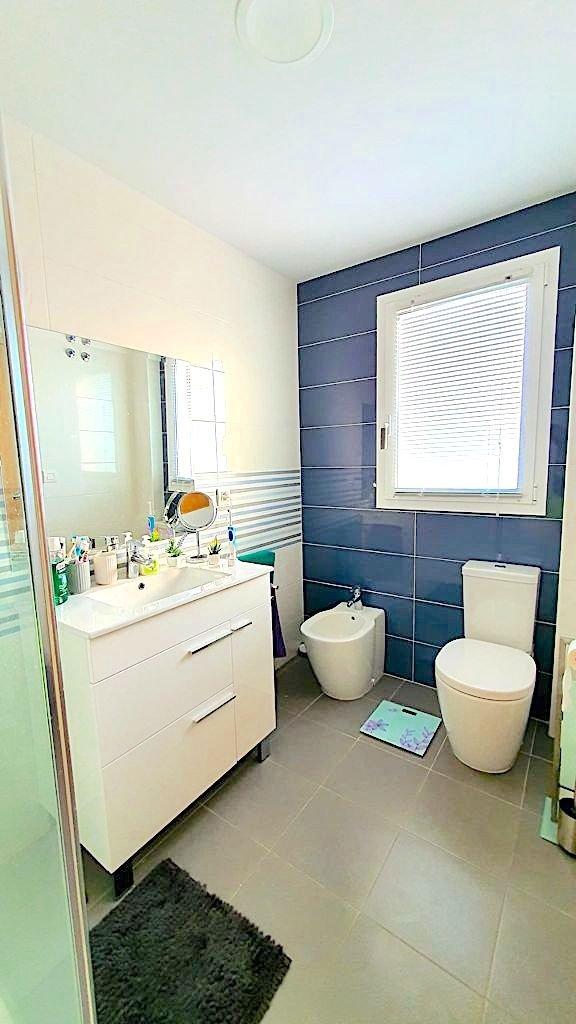 Fabuloso apartamento con 2 terrazas a 200 m la playa de terranova en oliva, piscina, garaj - imagenInmueble4