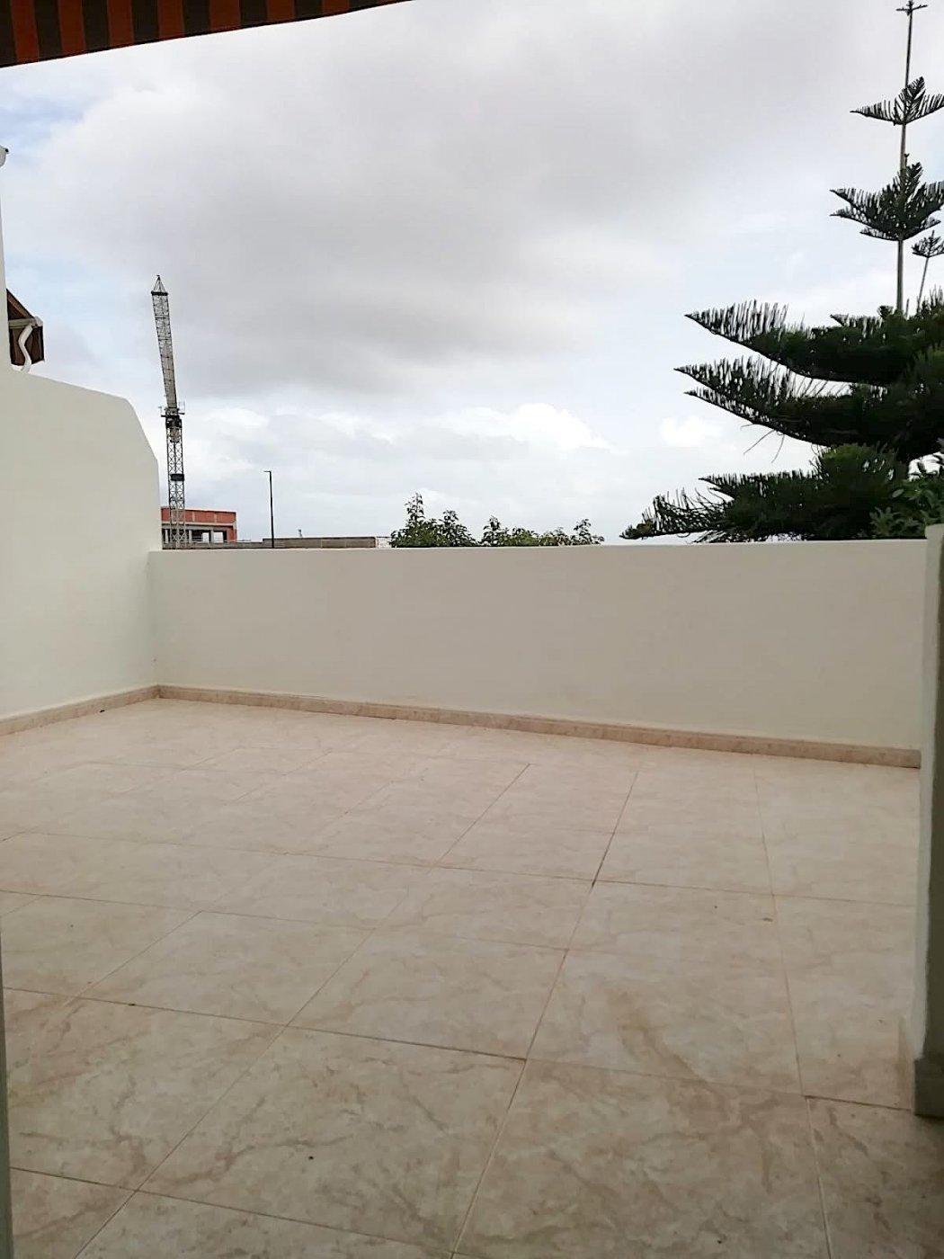 Magnífico adosado en palmera con terraza al mejor precio. - imagenInmueble1