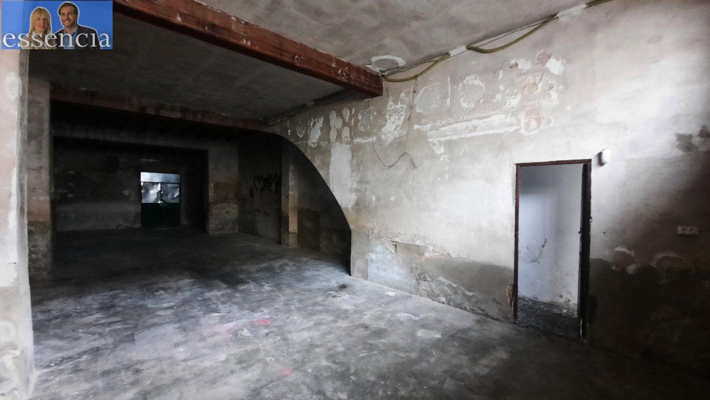 Casa de pueblo en avda. pais valencia 24. en estado de origen.  amplio bajo para garaje. - imagenInmueble3