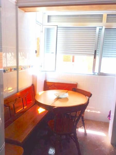 Precioso apartamento en 1a li?nea con vistas al mar, lujo para todos los pu?blicos - imagenInmueble1