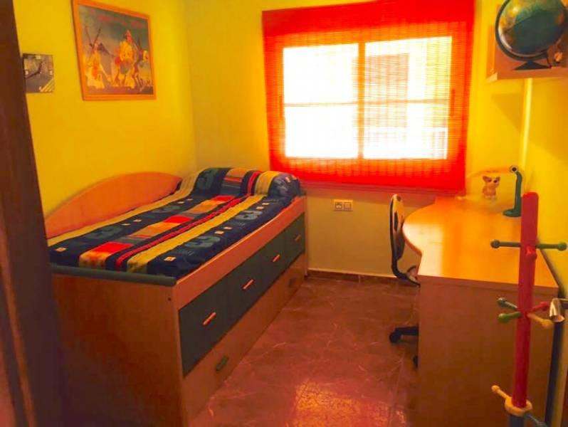 Precioso apartamento en 1a li?nea con vistas al mar, lujo para todos los pu?blicos - imagenInmueble5