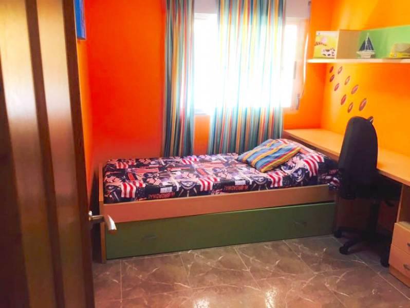 Precioso apartamento en 1a li?nea con vistas al mar, lujo para todos los pu?blicos - imagenInmueble6
