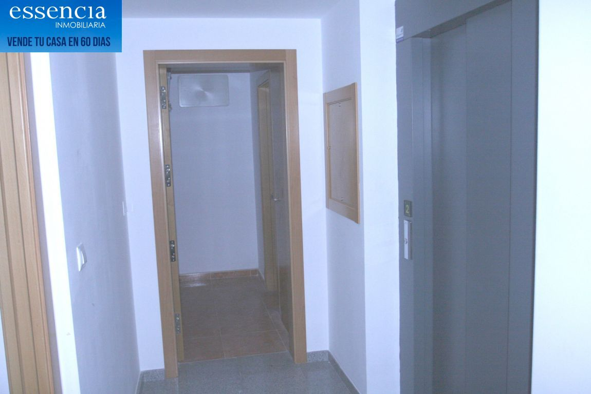 Oferta sin visitar. piso en oliva con ascensor, calle isaac albeniz - imagenInmueble28