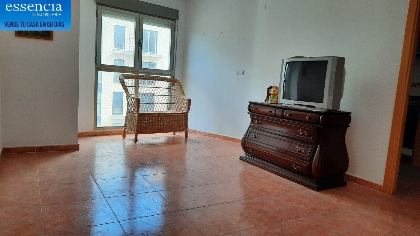 Oferta sin visitar. piso en oliva con ascensor, calle isaac albeniz - imagenInmueble2