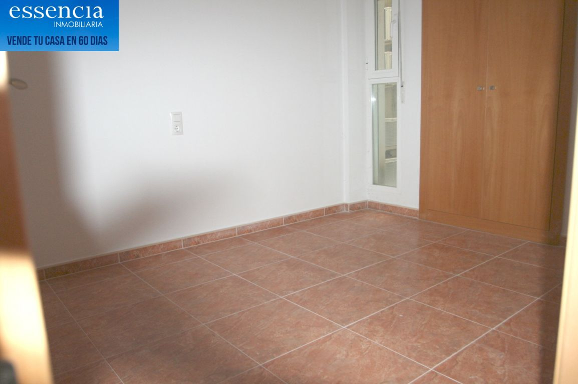 Oferta sin visitar. piso en oliva con ascensor, calle isaac albeniz - imagenInmueble29