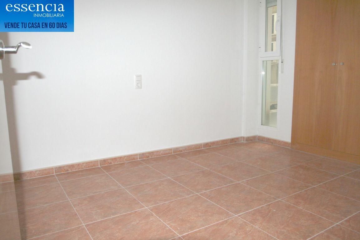 Oferta sin visitar. piso en oliva con ascensor, calle isaac albeniz - imagenInmueble30