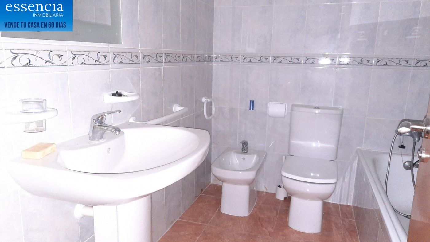 Oferta sin visitar. piso en oliva con ascensor, calle isaac albeniz - imagenInmueble7