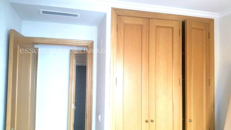 Baja el precio. precioso piso en gandia, muy céntrico y en finca del 2008. - imagenInmueble10