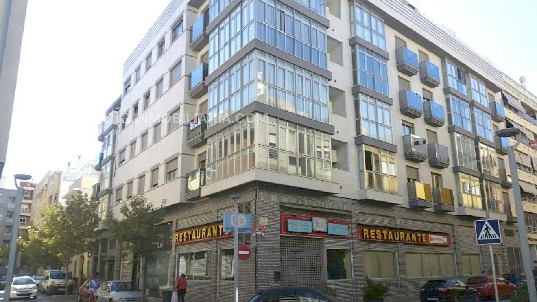 Baja el precio. precioso piso en gandia, muy céntrico y en finca del 2008. - imagenInmueble1