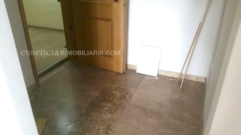 Baja el precio. precioso piso en gandia, muy céntrico y en finca del 2008. - imagenInmueble5