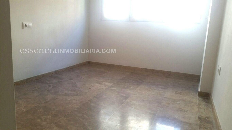 Baja el precio. precioso piso en gandia, muy céntrico y en finca del 2008. - imagenInmueble8