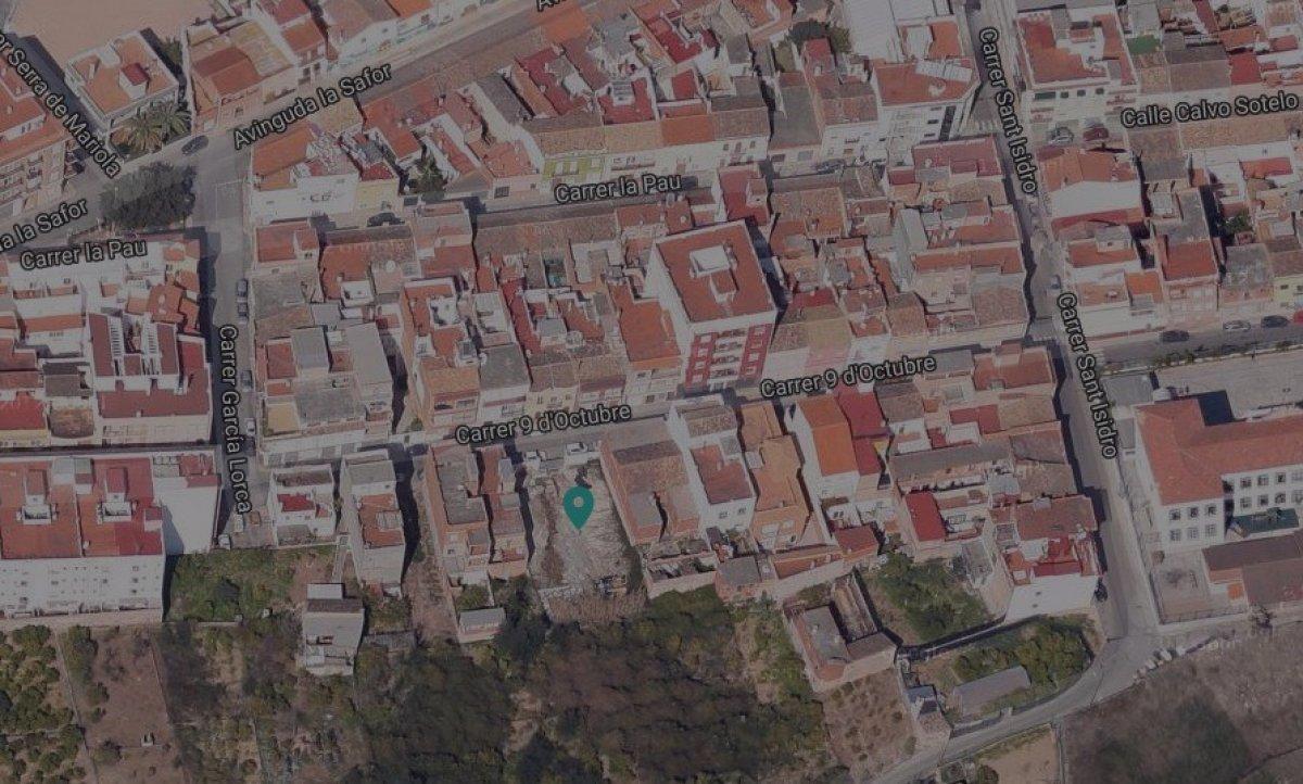 Terreno urbano de 218 m2 en calle 9 de octubre 47 font carros. - imagenInmueble2