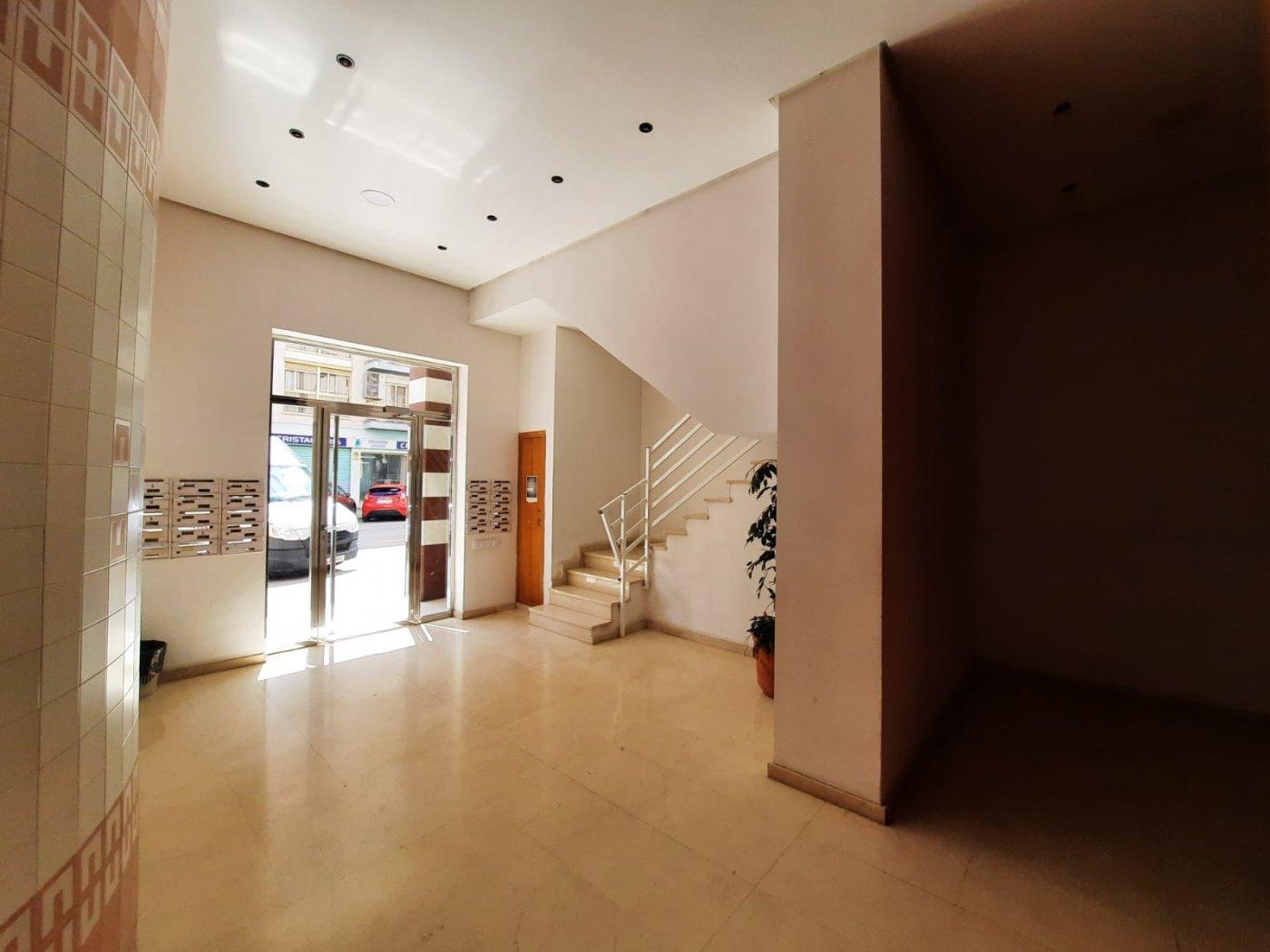 Piso en venta en calle ciudad de barcelona 7, 2a, 3, 46701 gandia.  l.a riqueza de la imag - imagenInmueble21