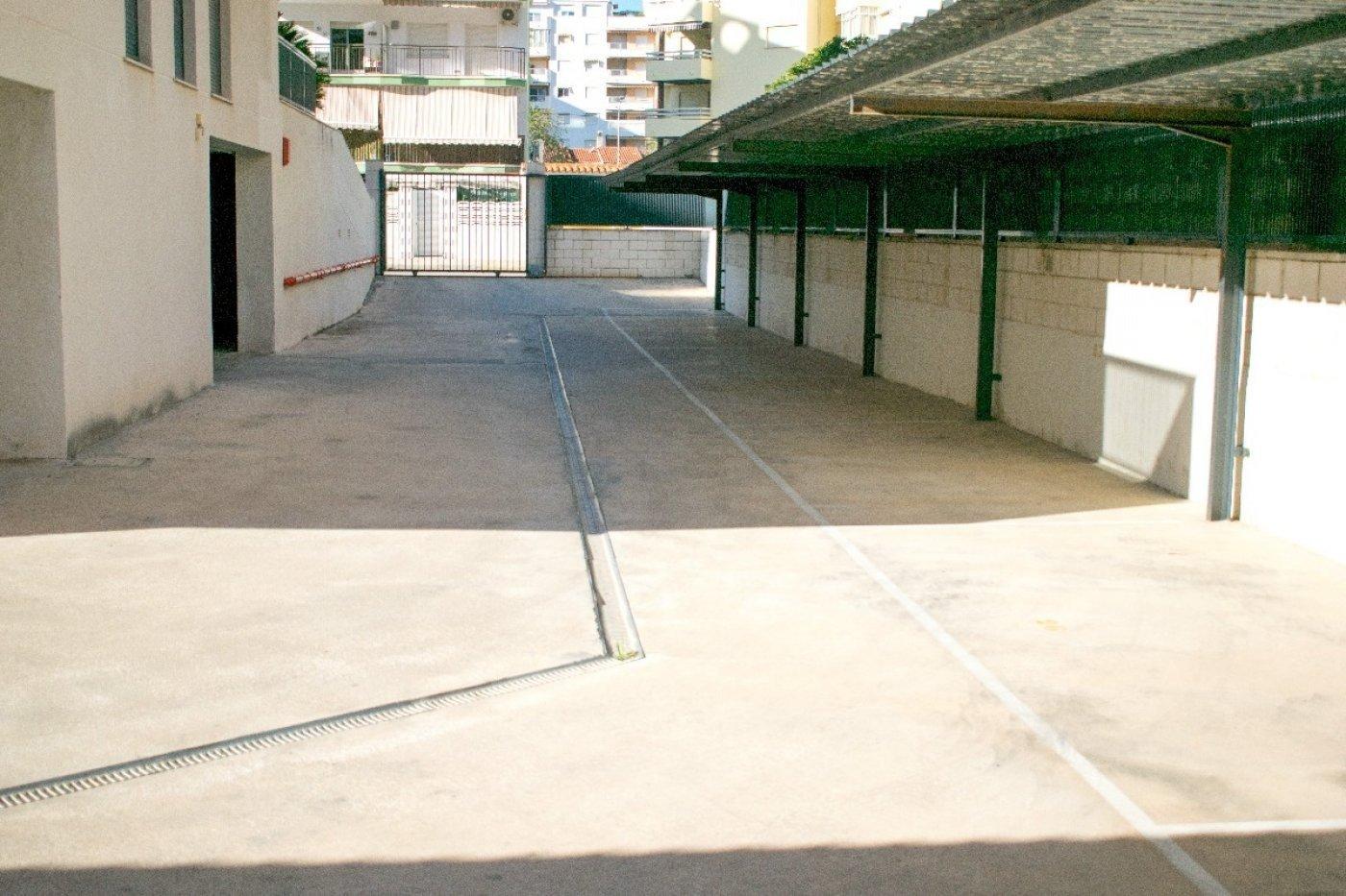 Apartamento en playa de gandia con piscina comunitaria y garaje incluido - imagenInmueble16