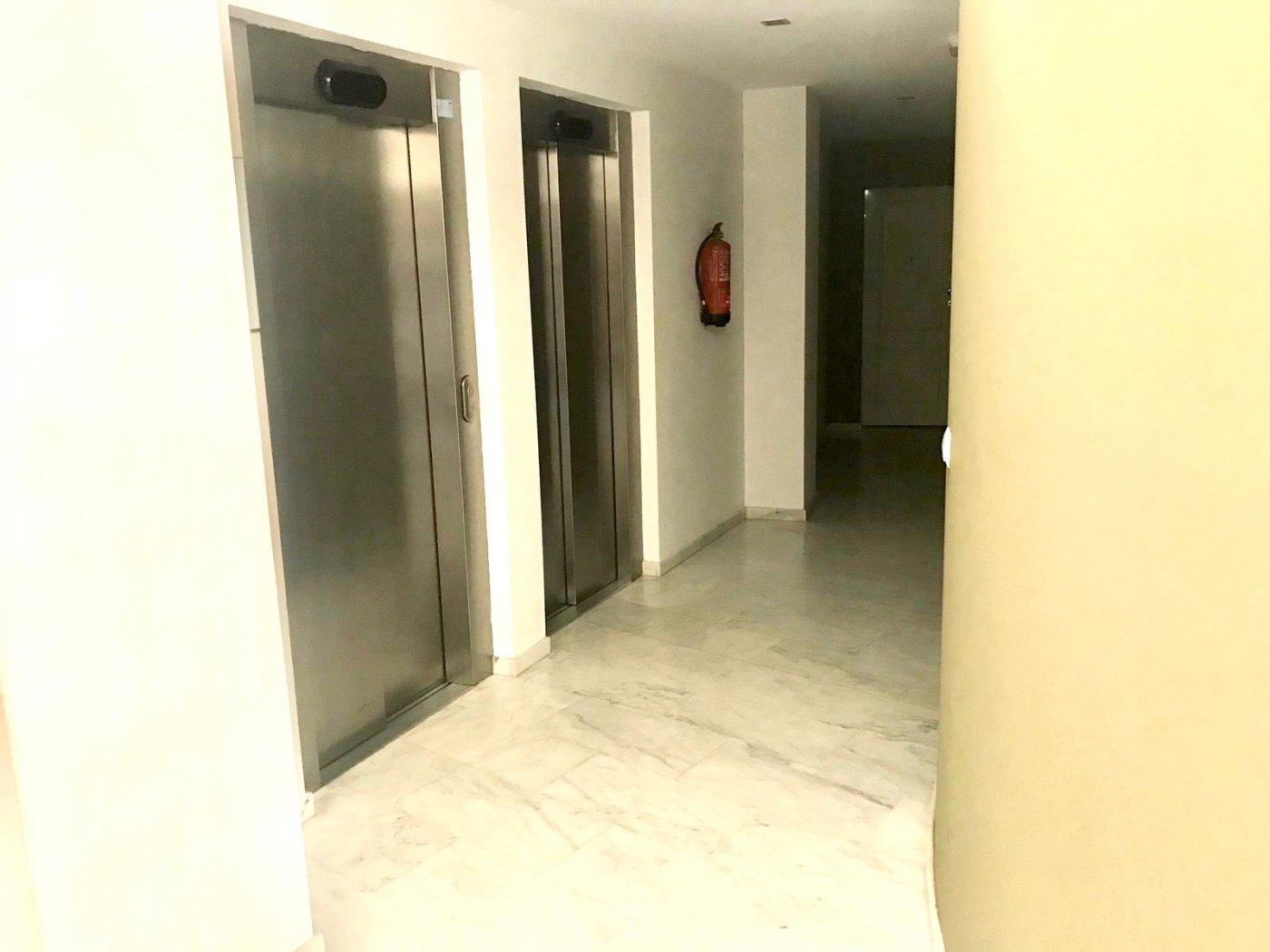 Apartamento en playa de gandia con piscina comunitaria y garaje incluido - imagenInmueble32