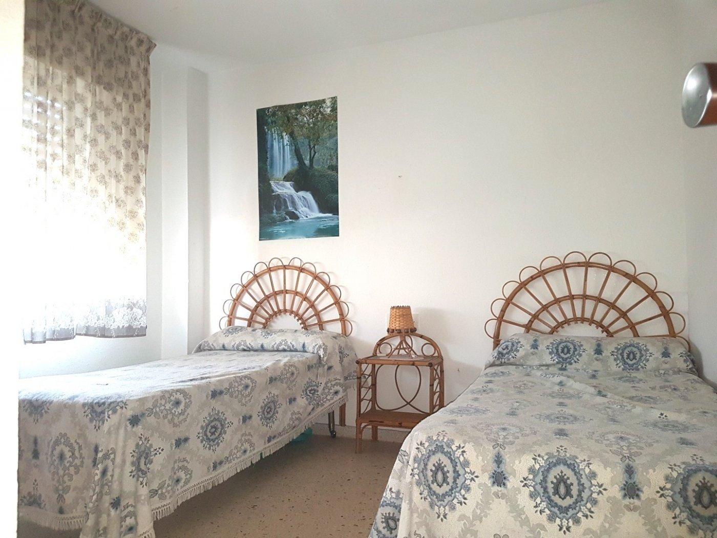 Apartamento en residencial tranquilo con parques, jardines, piscina comunitaria. - imagenInmueble33