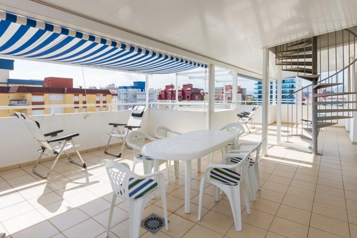 Atico con un espectacular terraza para disfrutar todo el aÑo a dos minutos del mar - imagenInmueble0
