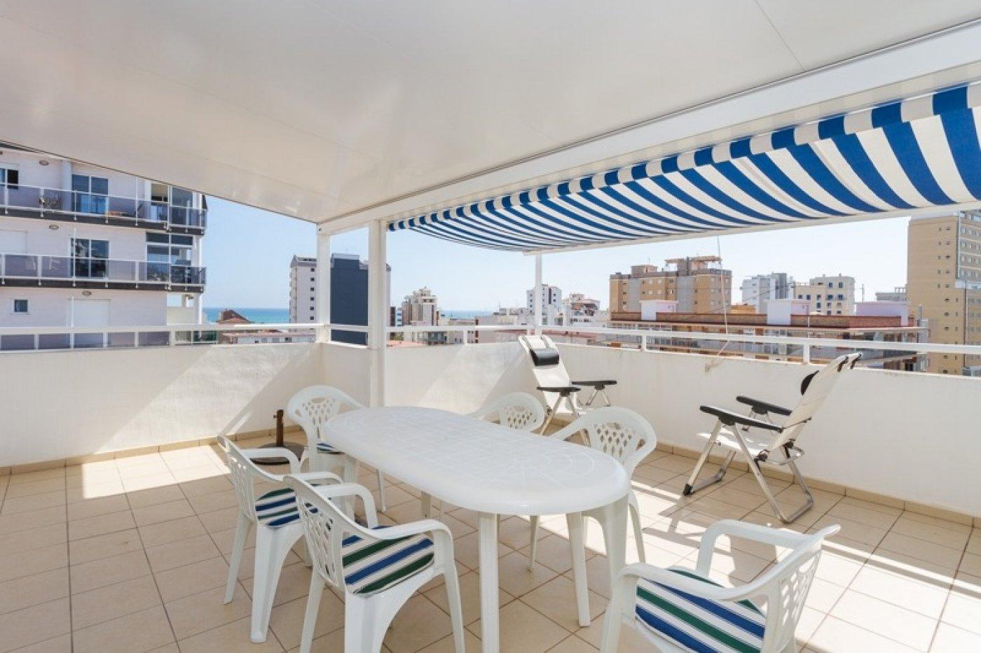 Atico con un espectacular terraza para disfrutar todo el aÑo a dos minutos del mar - imagenInmueble20