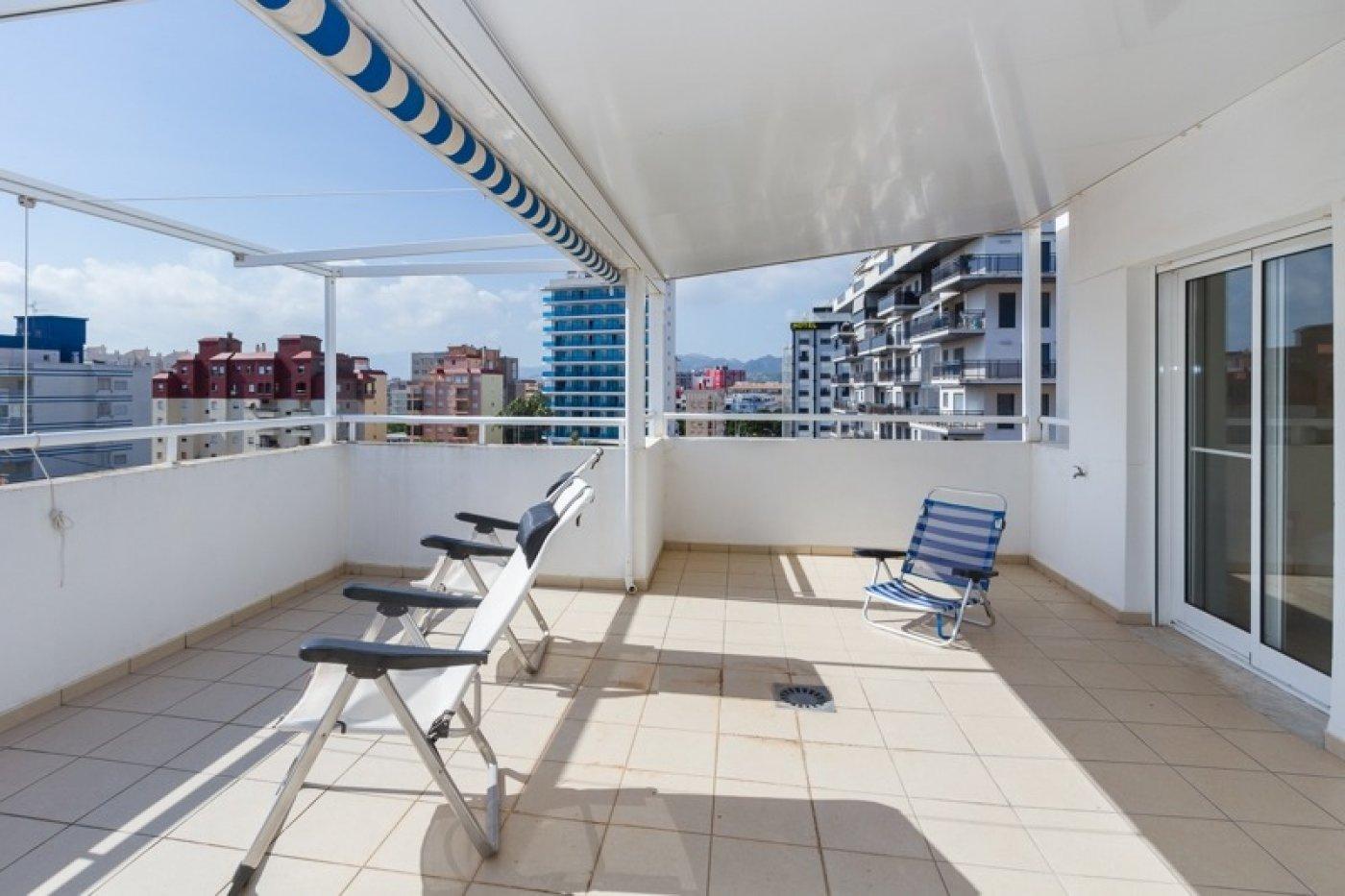 Atico con un espectacular terraza para disfrutar todo el aÑo a dos minutos del mar - imagenInmueble22