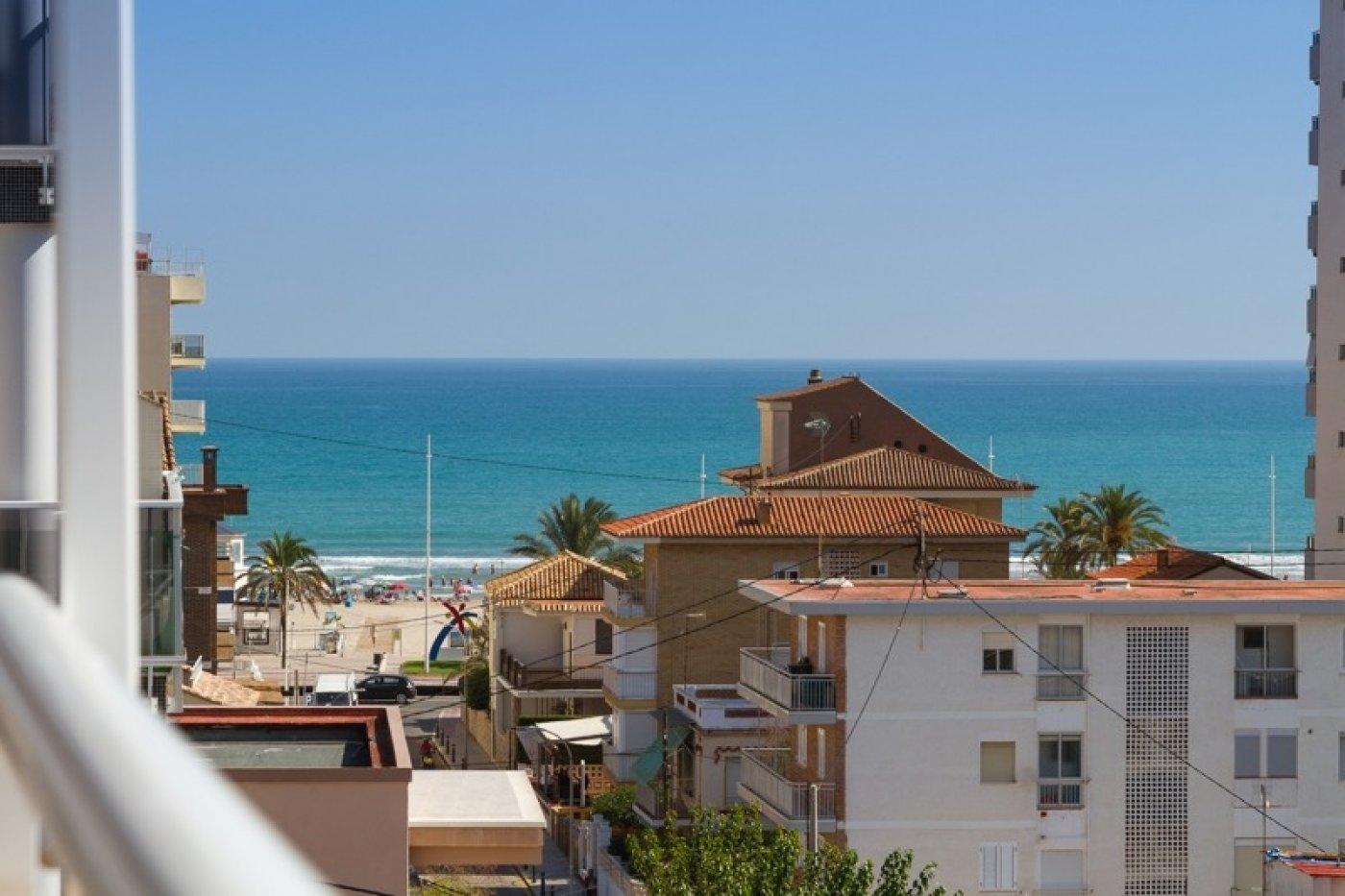 Atico con un espectacular terraza para disfrutar todo el aÑo a dos minutos del mar - imagenInmueble2