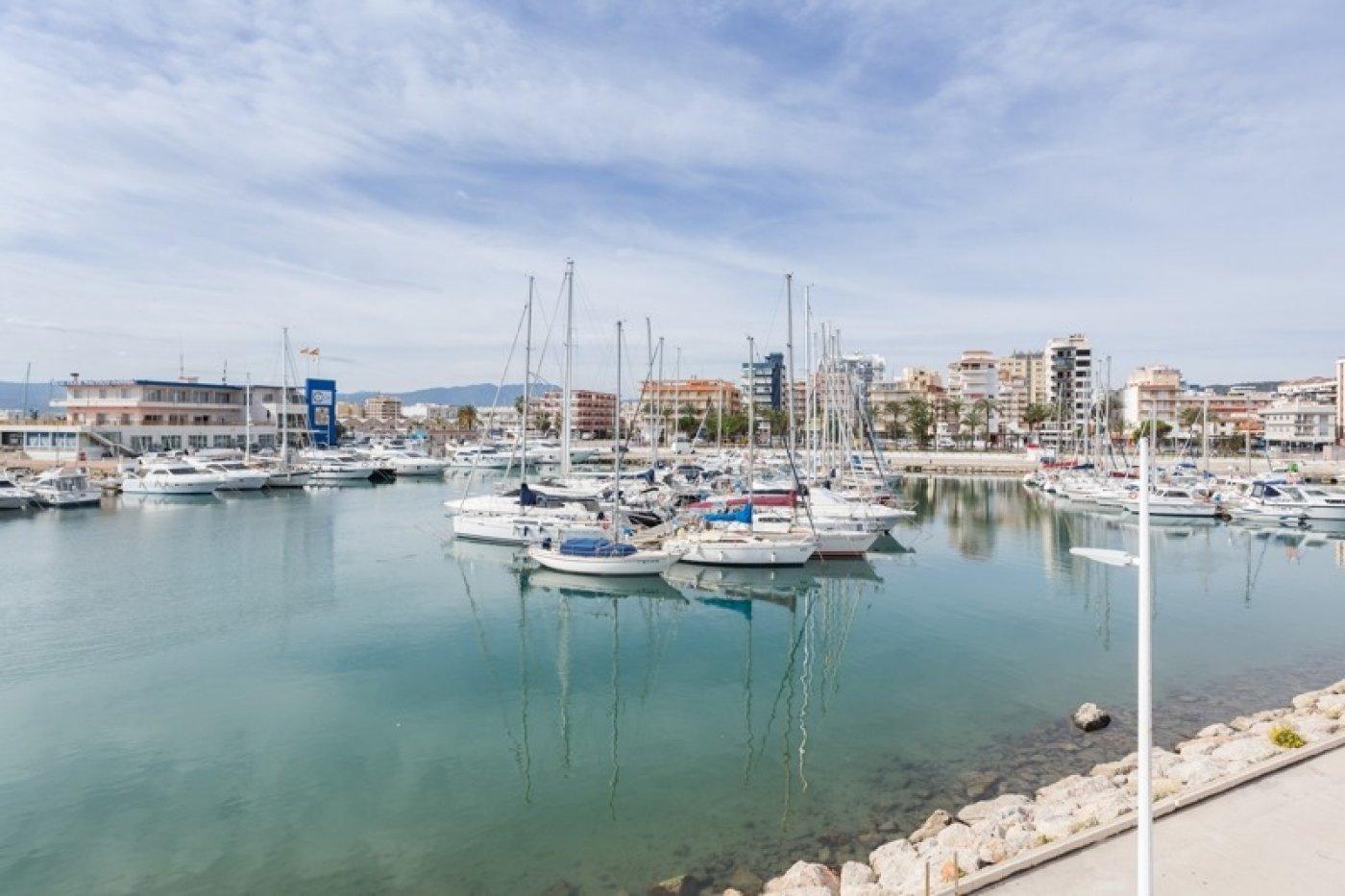 Atico con un espectacular terraza para disfrutar todo el aÑo a dos minutos del mar - imagenInmueble33