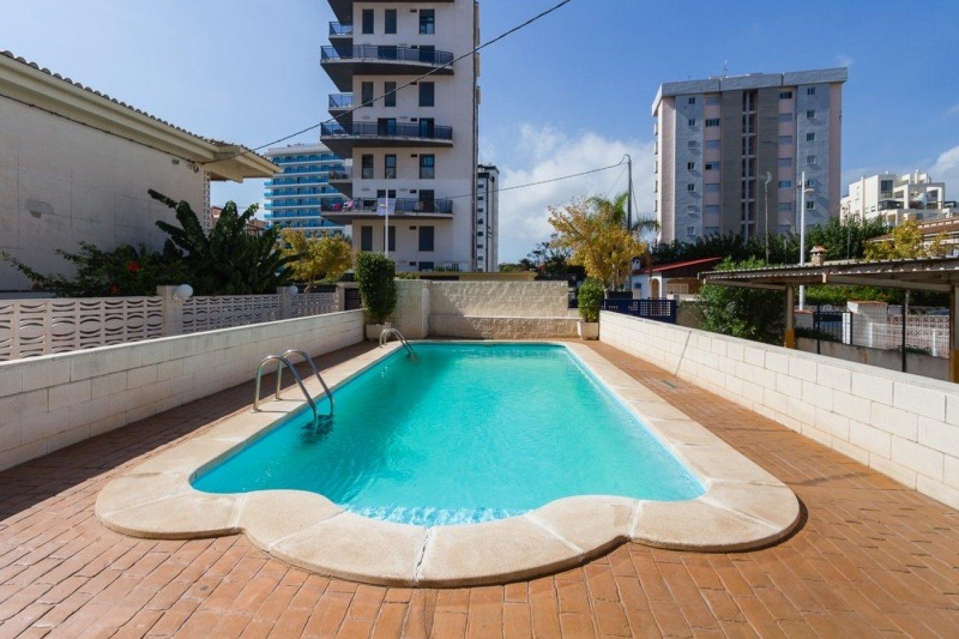 Atico con un espectacular terraza para disfrutar todo el aÑo a dos minutos del mar - imagenInmueble4