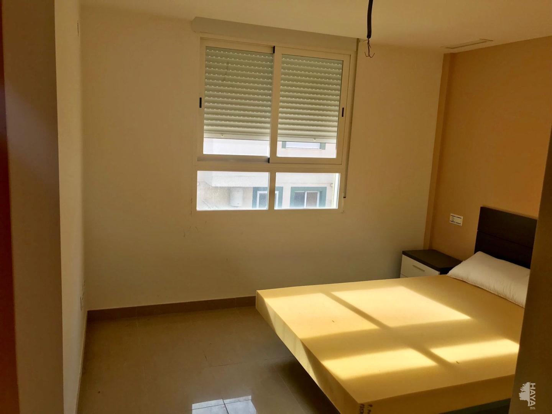Adosado de 4 dormitorios y 3 baños con amplio garaje en sótano - imagenInmueble4